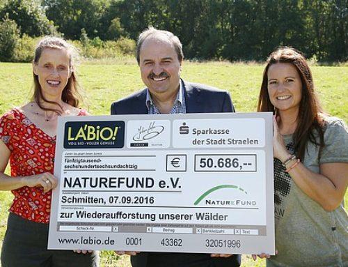Bio-Kräuterproduzent LA'BiO! schützt Reifenberger Wiesen im Taunus